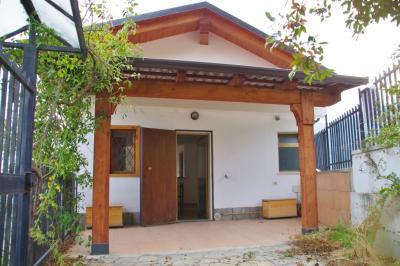 Casa semindipendente in Vendita a San Pietro Val Lemina