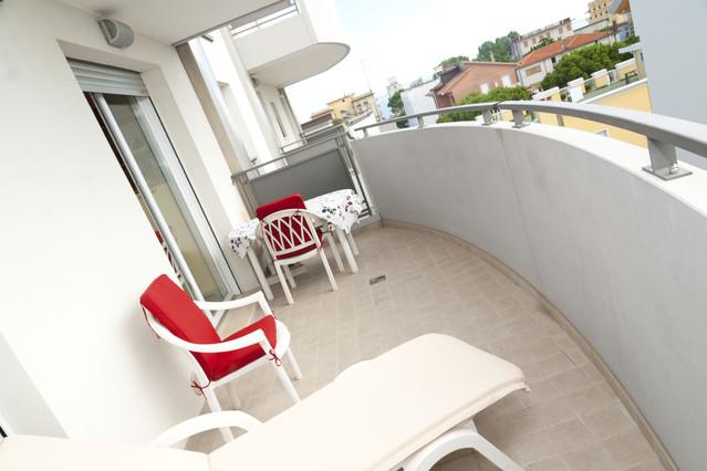 Appartamento in vendita a Jesolo, 2 locali, zona Località: PiazzaManzoni, prezzo € 230.000   Cambio Casa.it