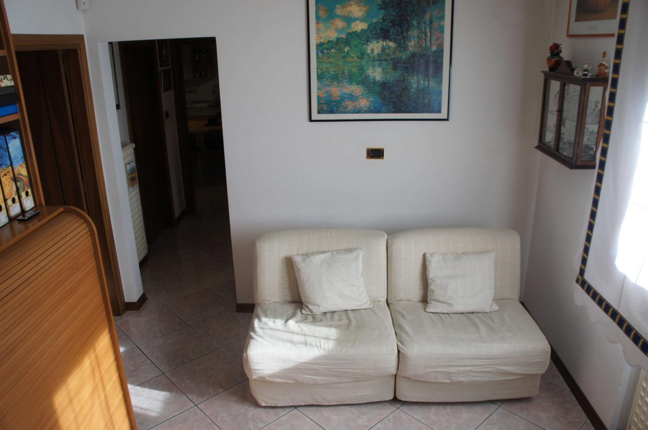 Appartamento in vendita a Fossalta di Piave, 5 locali, zona Località: Primaperiferia, Trattative riservate | Cambio Casa.it