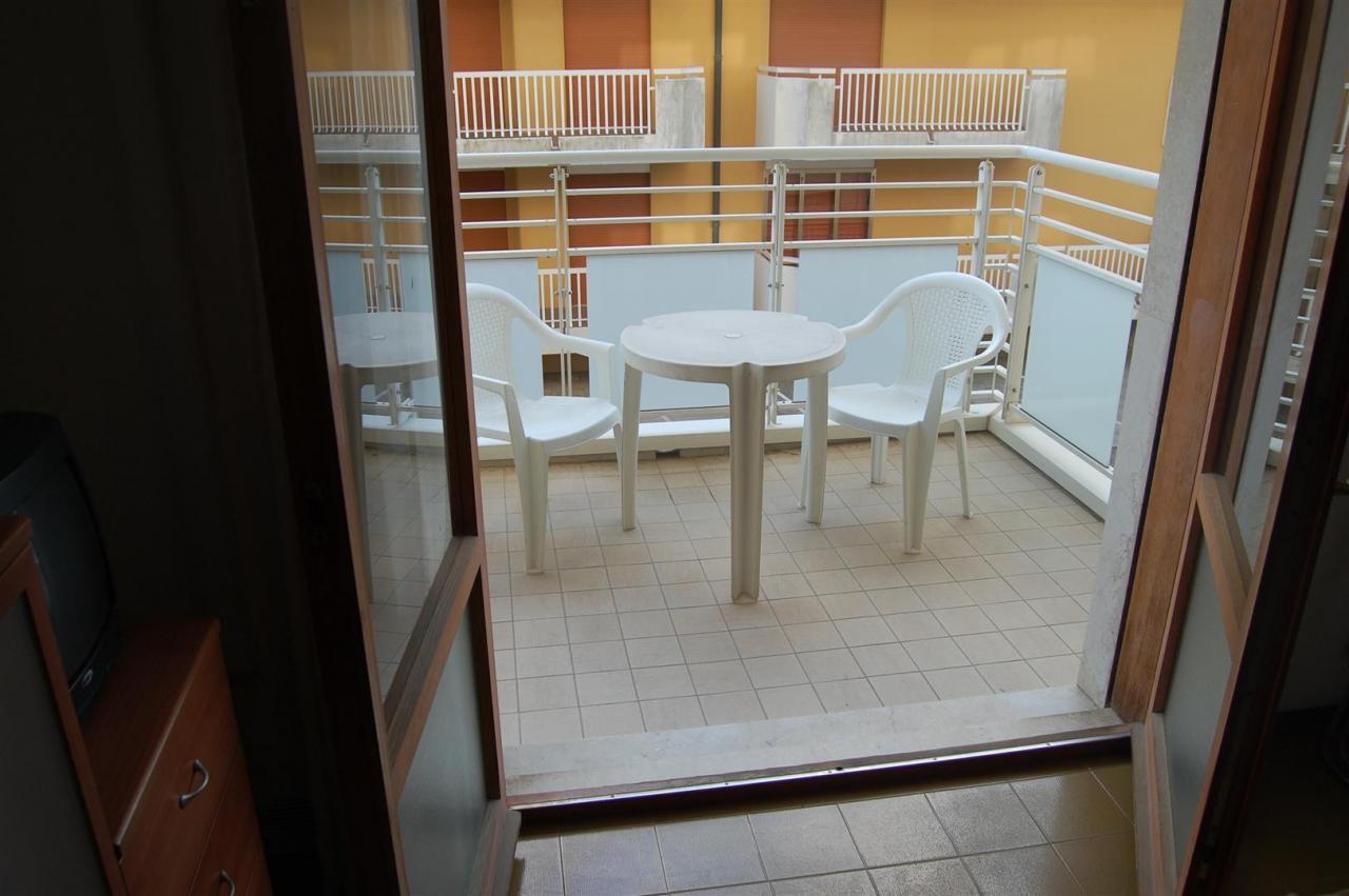 Appartamento in vendita a Jesolo, 2 locali, zona Località: PiazzaTorino, prezzo € 175.000   Cambio Casa.it