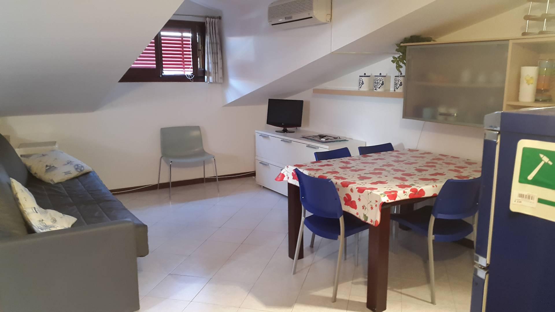 Attico / Mansarda in vendita a Jesolo, 1 locali, prezzo € 140.000 | Cambio Casa.it