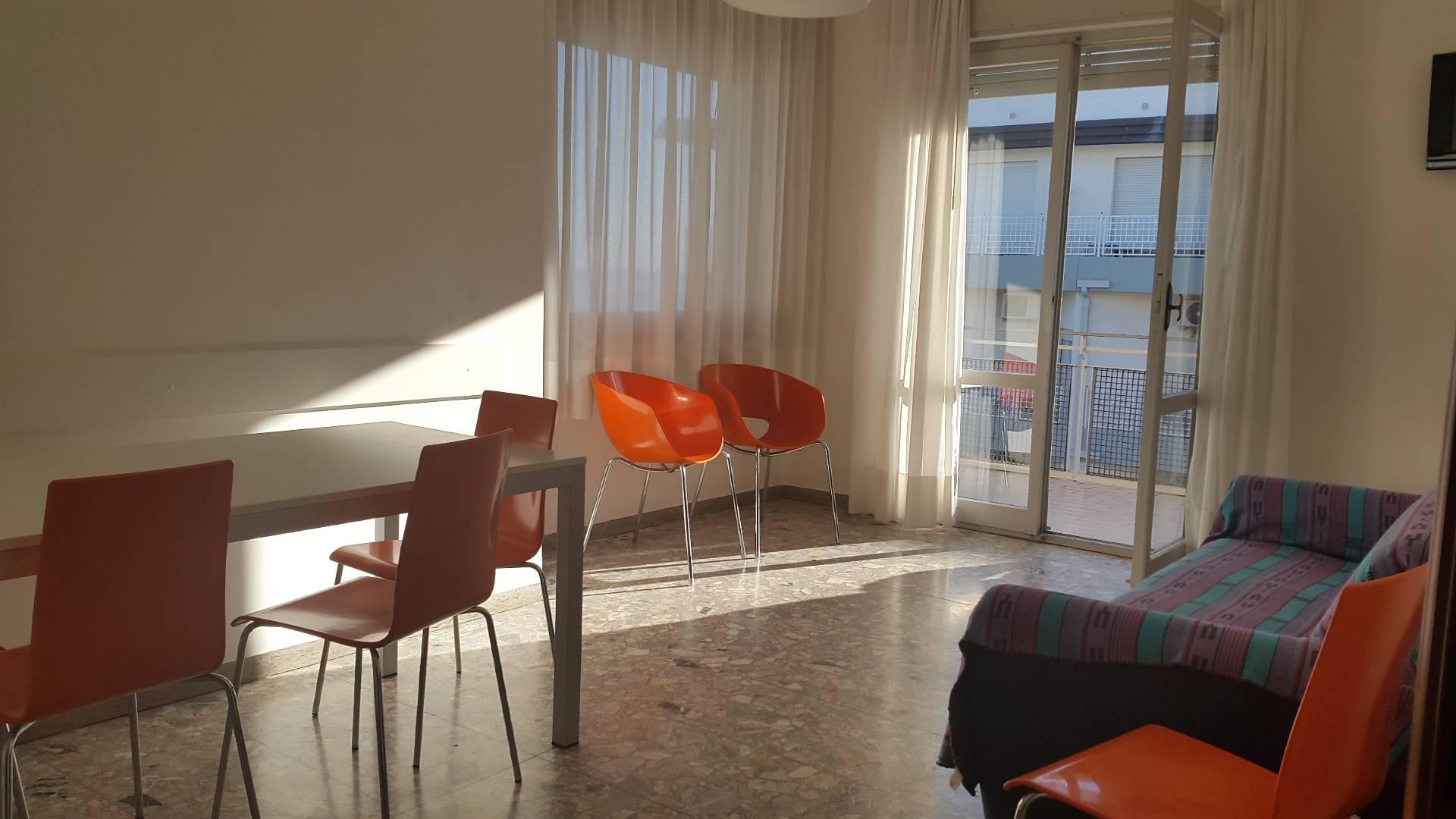 Appartamento in vendita a Jesolo, 2 locali, zona Località: PiazzaMazzini, prezzo € 360.000   Cambio Casa.it
