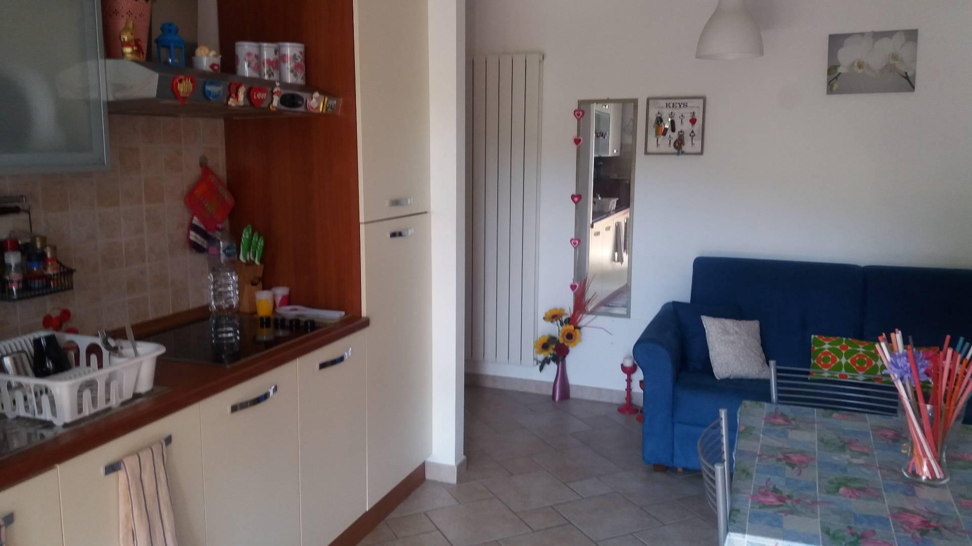 Appartamento in affitto a Chieti, 3 locali, zona Località: Scalo-Università, prezzo € 500 | Cambio Casa.it