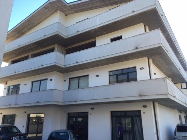 Appartamento in vendita a Chieti, 3 locali, zona Zona: Stadio , prezzo € 125.000 | Cambio Casa.it