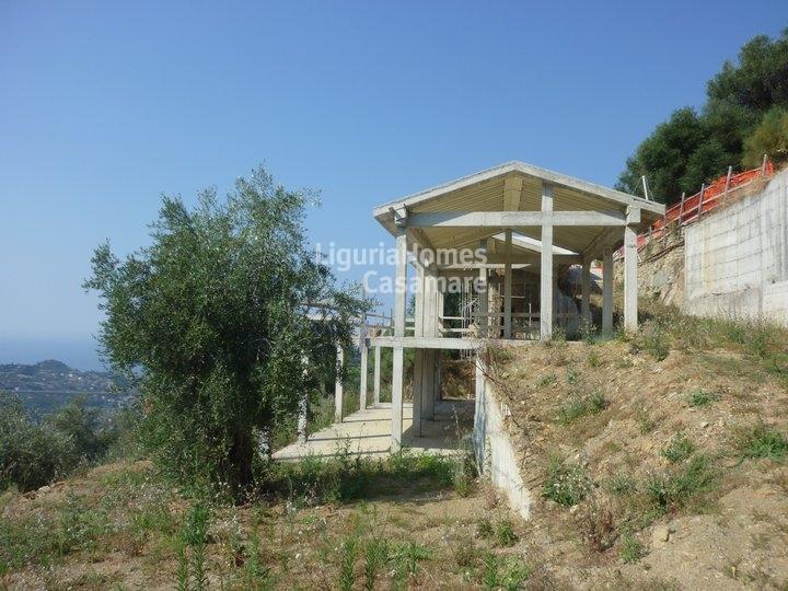 Villa in vendita a Vallebona, 9 locali, prezzo € 390.000 | CambioCasa.it
