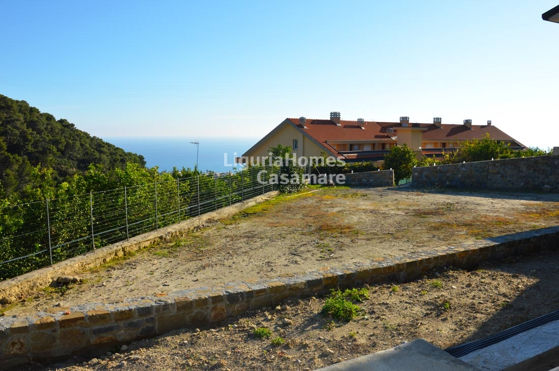 Villa in vendita a Bordighera, 5 locali, prezzo € 250.000 | CambioCasa.it