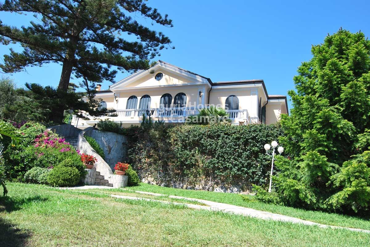 Villa in vendita a Ospedaletti, 12 locali, prezzo € 8.200.000 | Cambio Casa.it