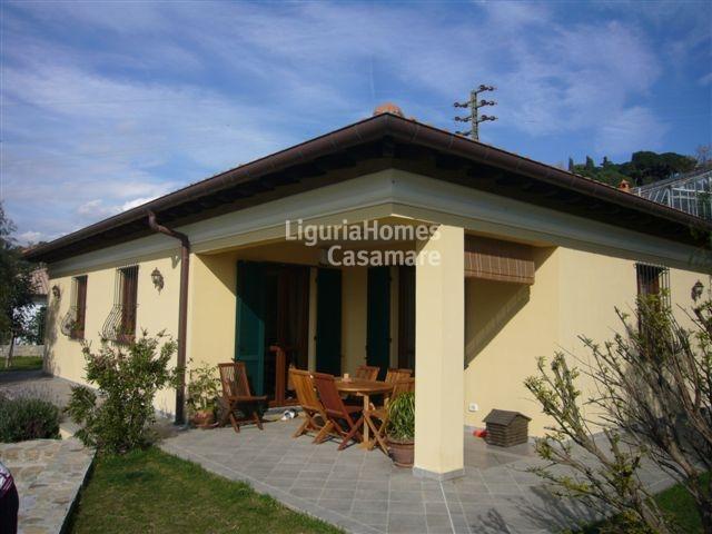 Villa in vendita a Bordighera, 5 locali, prezzo € 649.000 | Cambio Casa.it