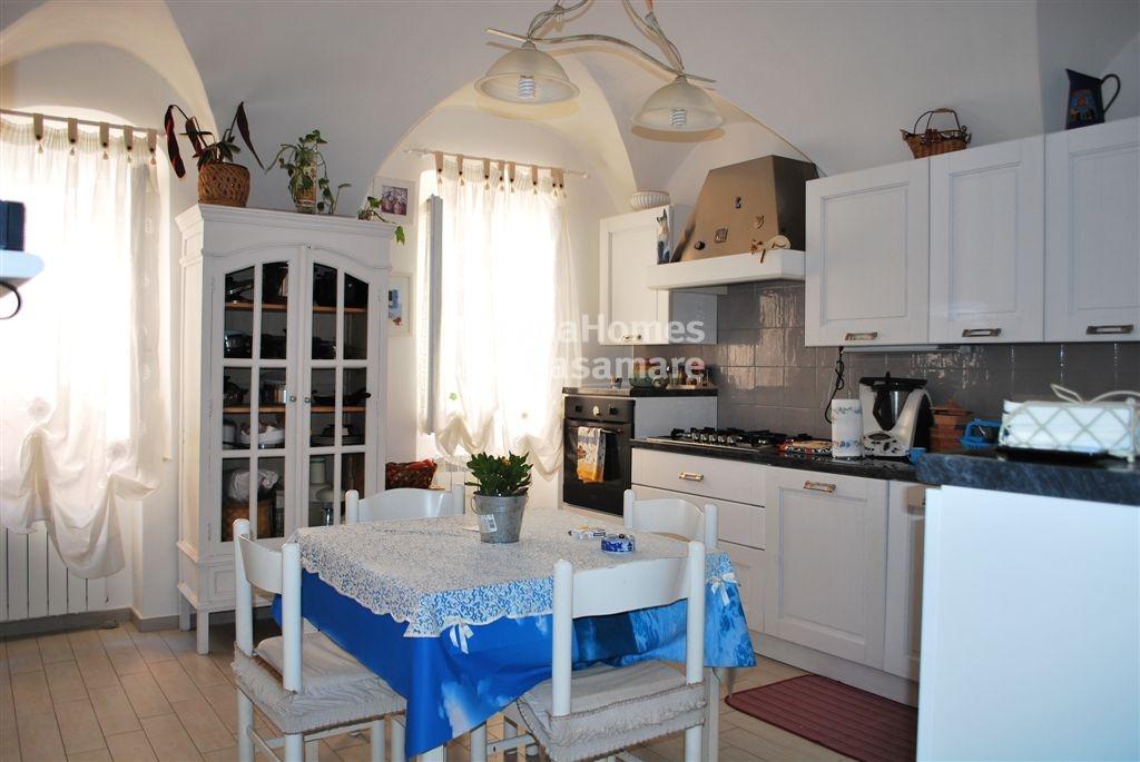 Appartamento in vendita a Vallecrosia, 3 locali, prezzo € 129.000 | Cambio Casa.it