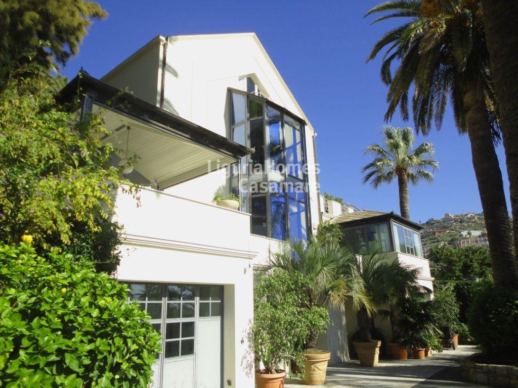 Villa in vendita a Ospedaletti, 18 locali, prezzo € 2.200.000 | Cambio Casa.it