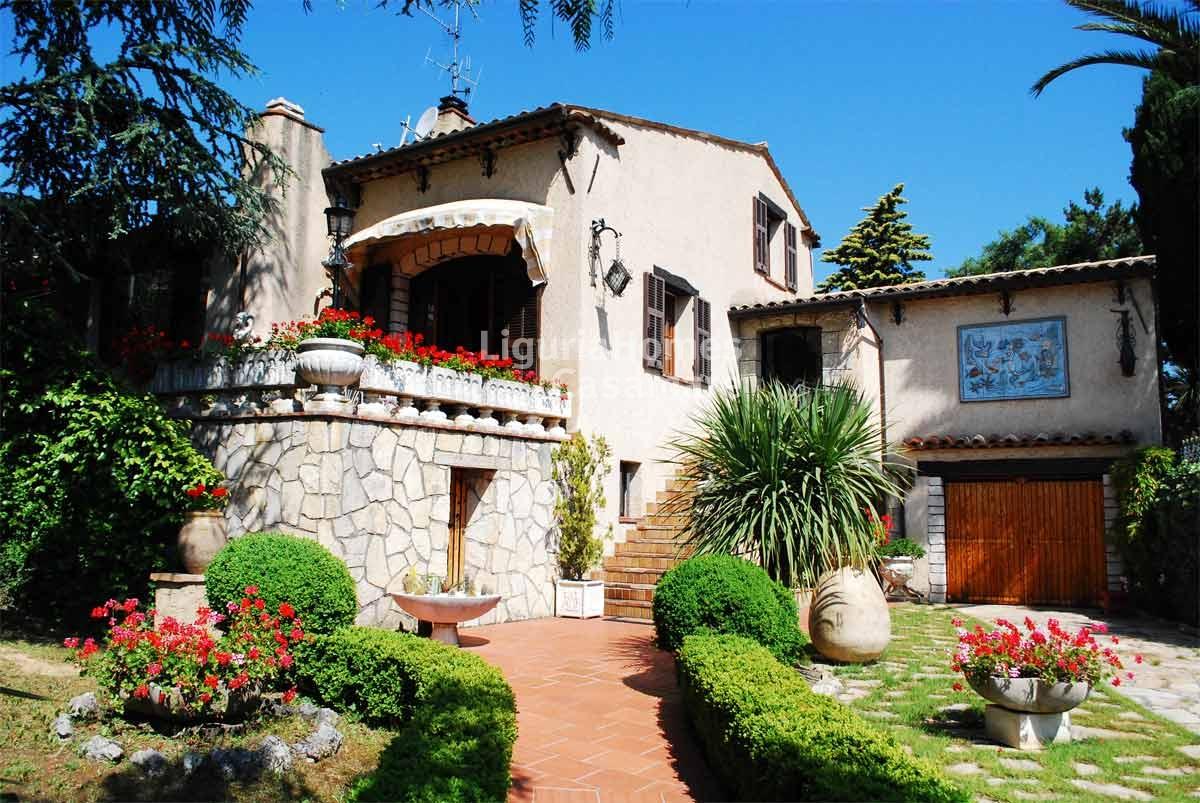 Villa in vendita a Ventimiglia, 5 locali, prezzo € 1.200.000 | Cambio Casa.it