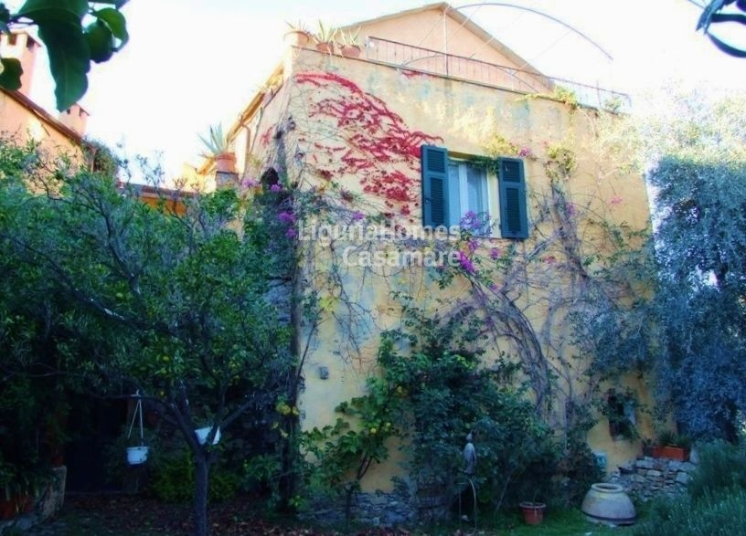 Villa in vendita a Diano San Pietro, 6 locali, prezzo € 850.000 | Cambio Casa.it
