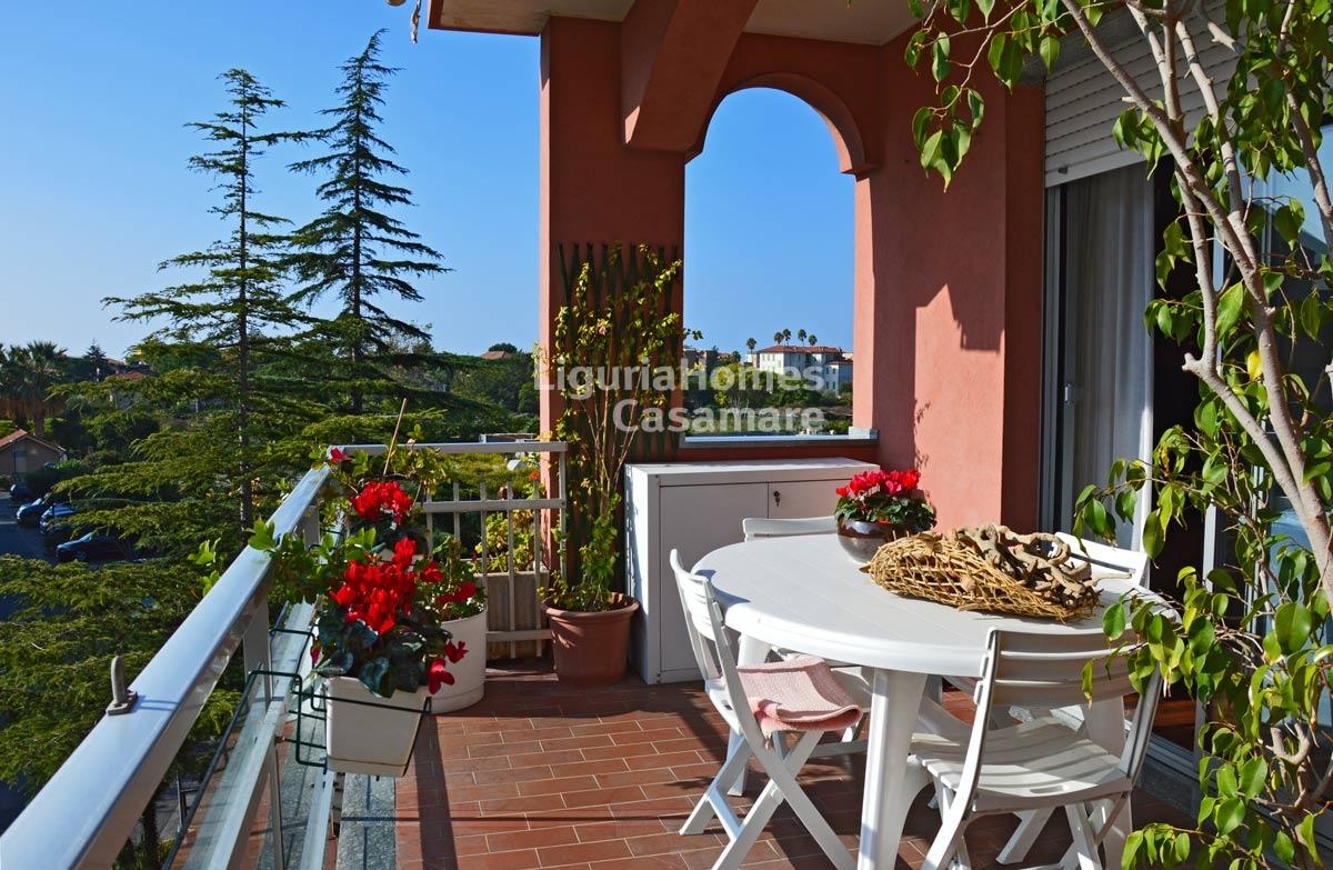 Appartamento in vendita a Bordighera, 6 locali, prezzo € 430.000 | Cambio Casa.it