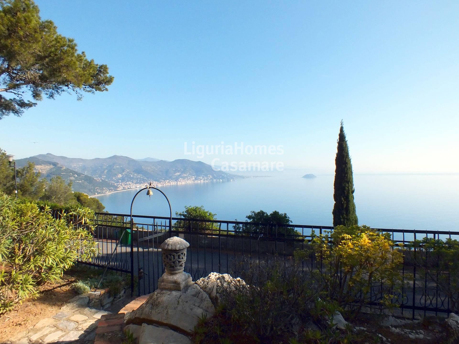Villa in vendita a Andora, 6 locali, prezzo € 850.000 | CambioCasa.it