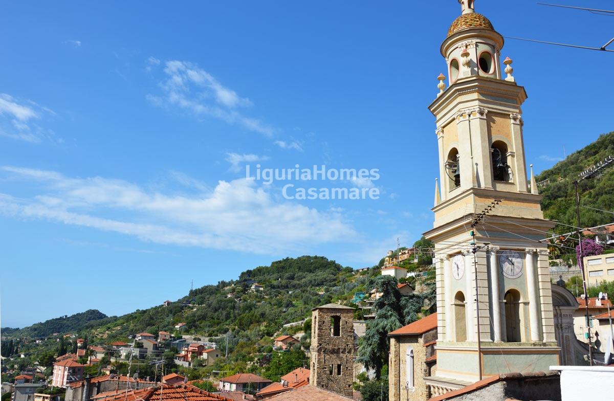 Appartamento in vendita a Vallebona, 6 locali, prezzo € 250.000   CambioCasa.it