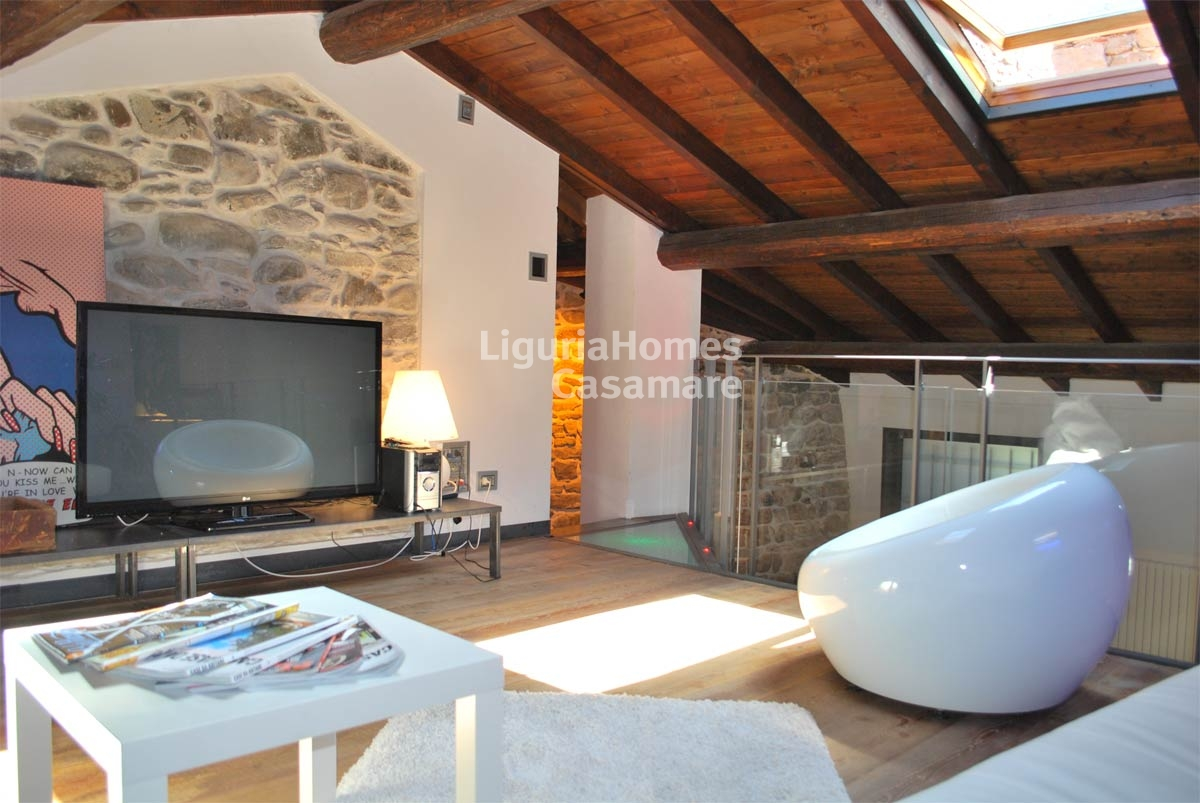 Appartamento in vendita a Isolabona, 7 locali, prezzo € 290.000 | CambioCasa.it