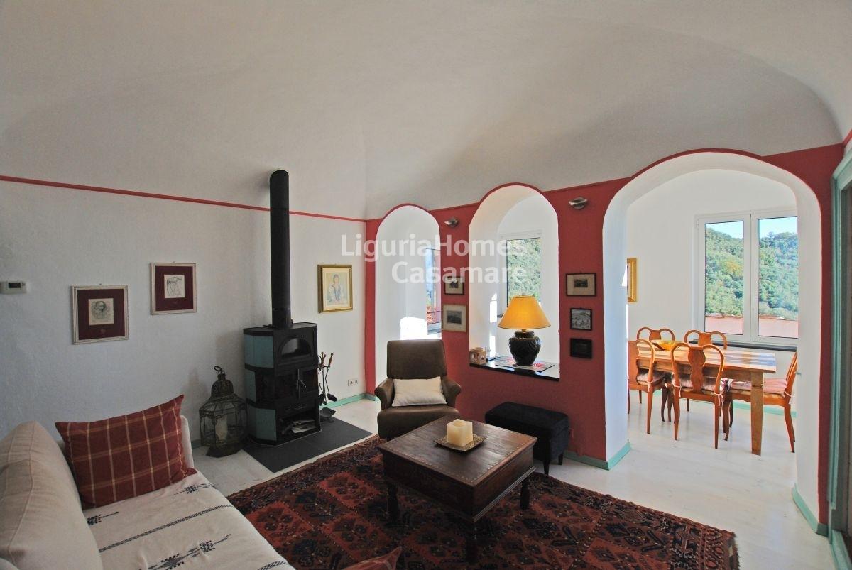Appartamento in vendita a Vasia, 10 locali, prezzo € 350.000 | CambioCasa.it
