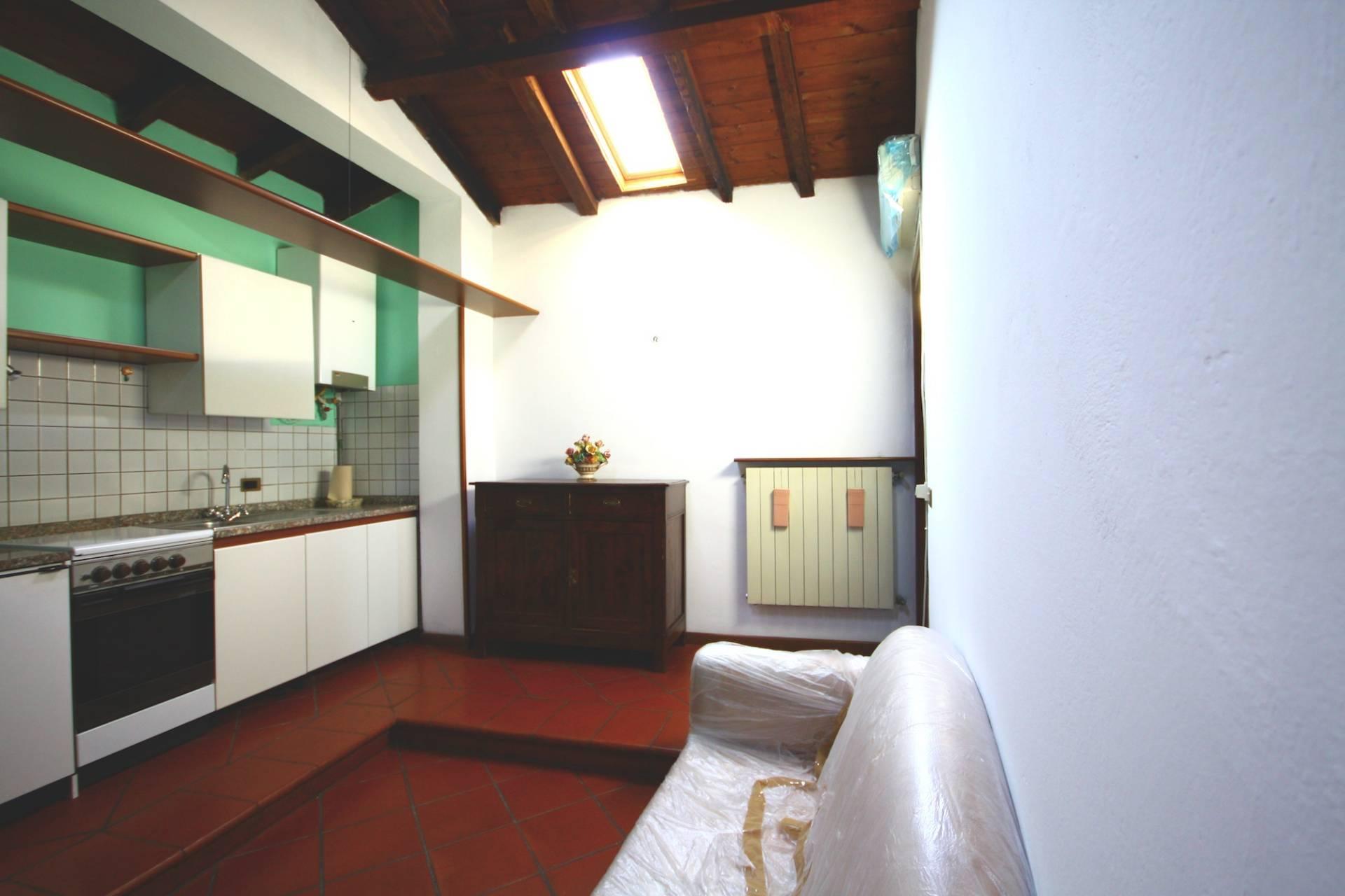 Bilocale Brescia Via Fratelli Ugoni 3