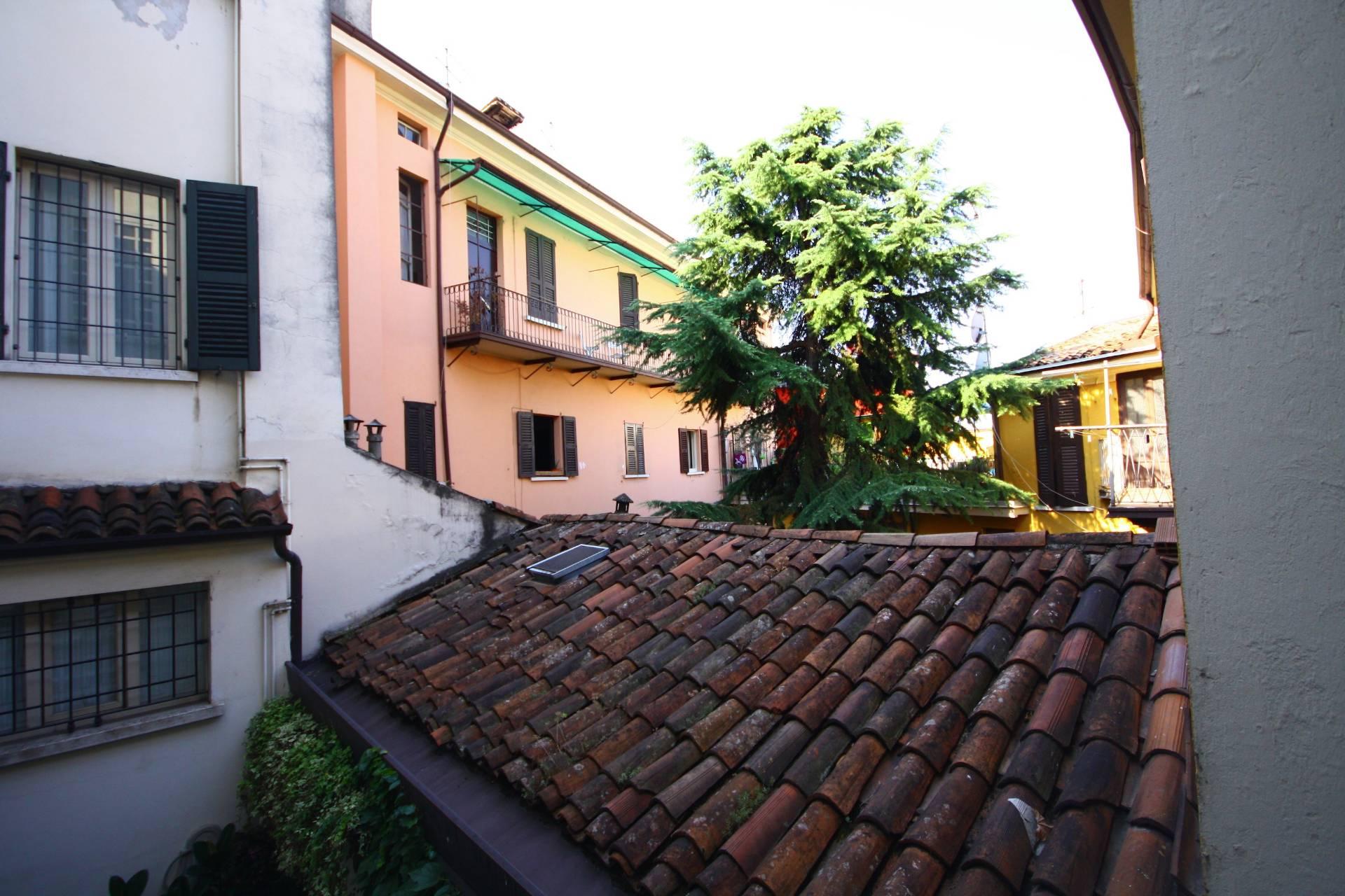 Bilocale Brescia Via Fratelli Ugoni 1