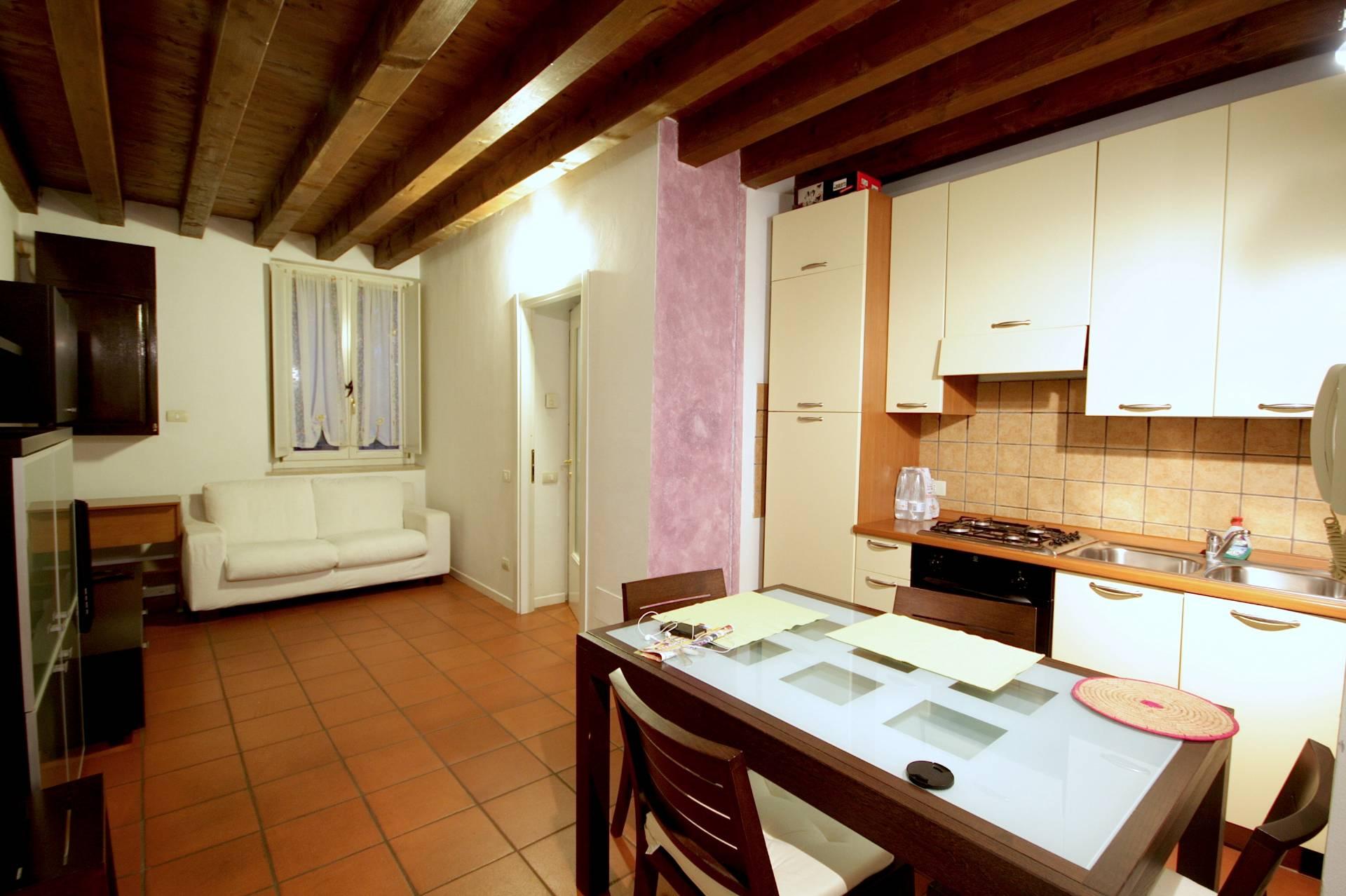 Bilocale Brescia Via Della Palazzina 2