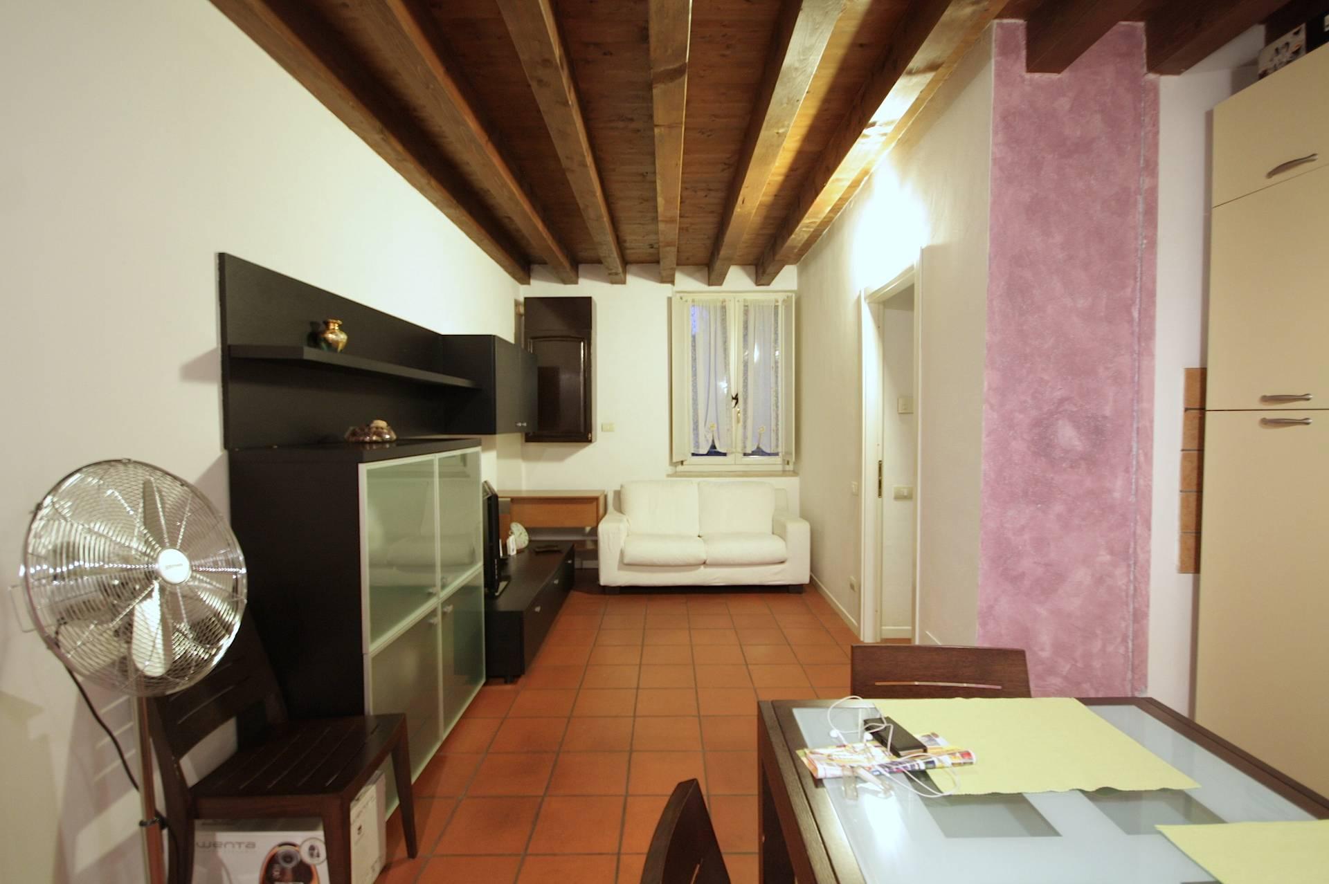 Bilocale Brescia Via Della Palazzina 3
