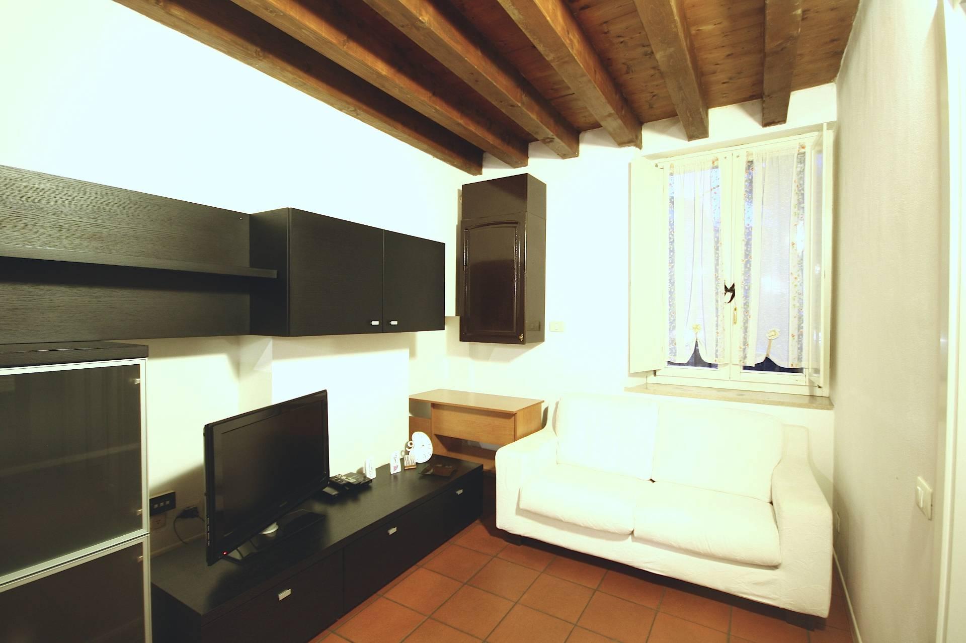 Bilocale Brescia Via Della Palazzina 6