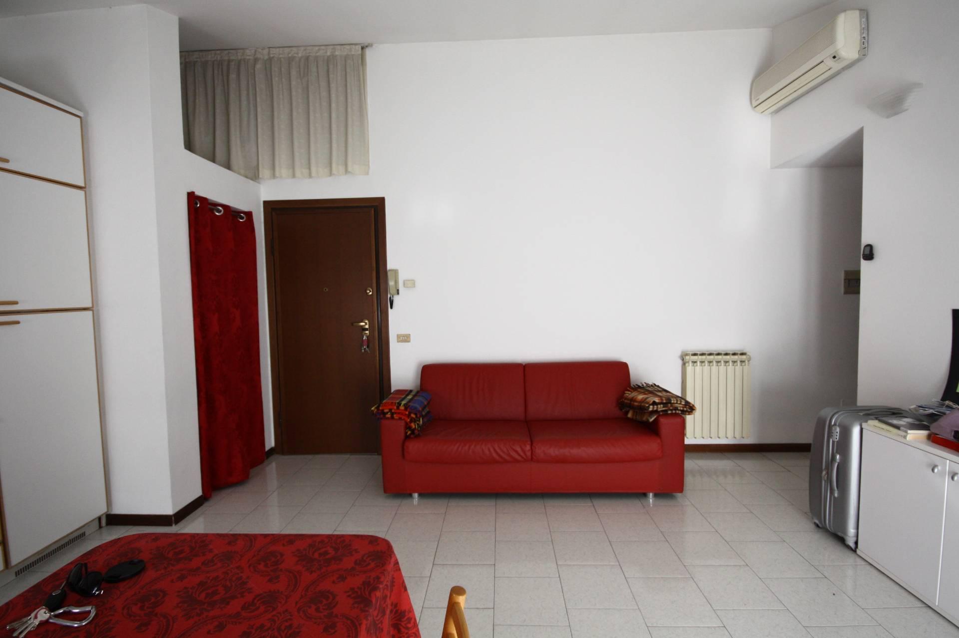 Bilocale Brescia Via Giorgio Duranti 4