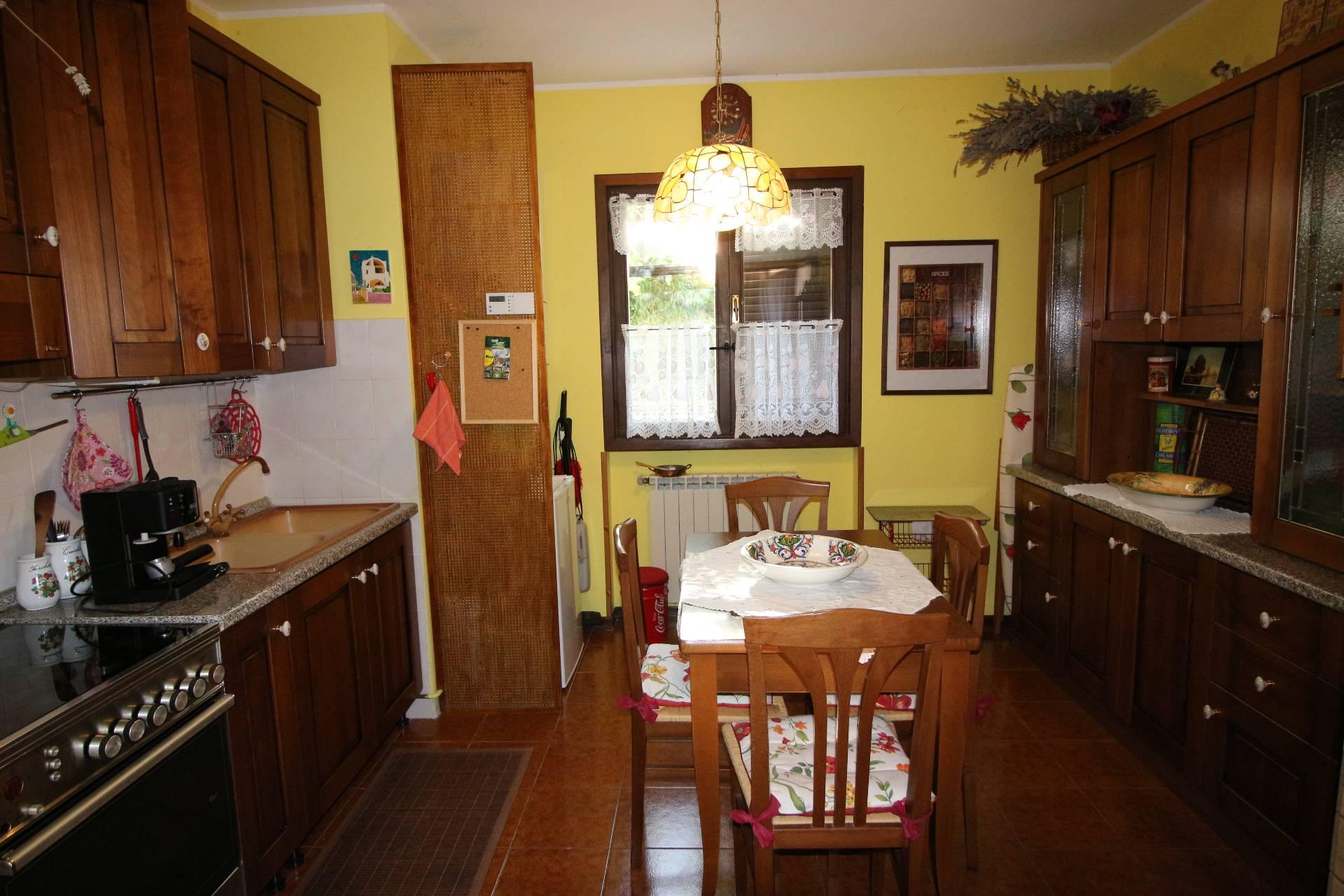 Appartamento in vendita a Fano Adriano, 2 locali, prezzo € 65.000 | Cambio Casa.it