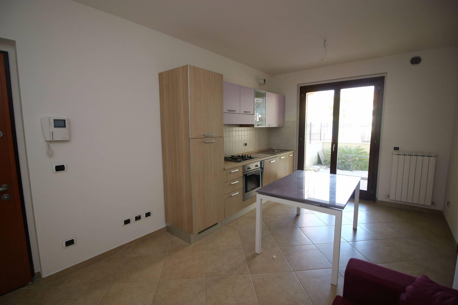 Appartamento in vendita a Tortoreto, 3 locali, zona Località: TortoretoLido, prezzo € 125.000 | CambioCasa.it