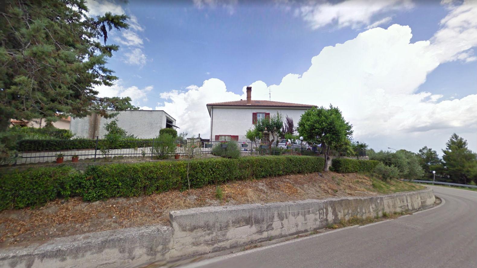 Soluzione Indipendente in vendita a Maltignano, 9 locali, zona Località: CasellediMaltignano, prezzo € 250.000 | CambioCasa.it