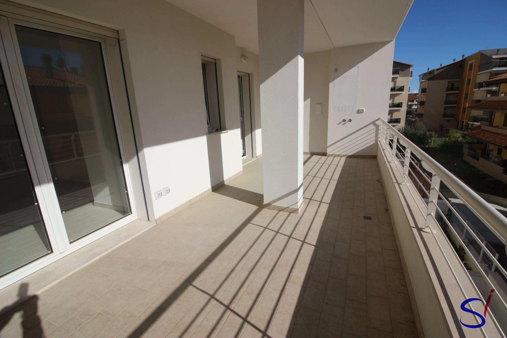 Appartamento in vendita a Tortoreto, 2 locali, zona Località: TortoretoLido, prezzo € 93.000 | CambioCasa.it