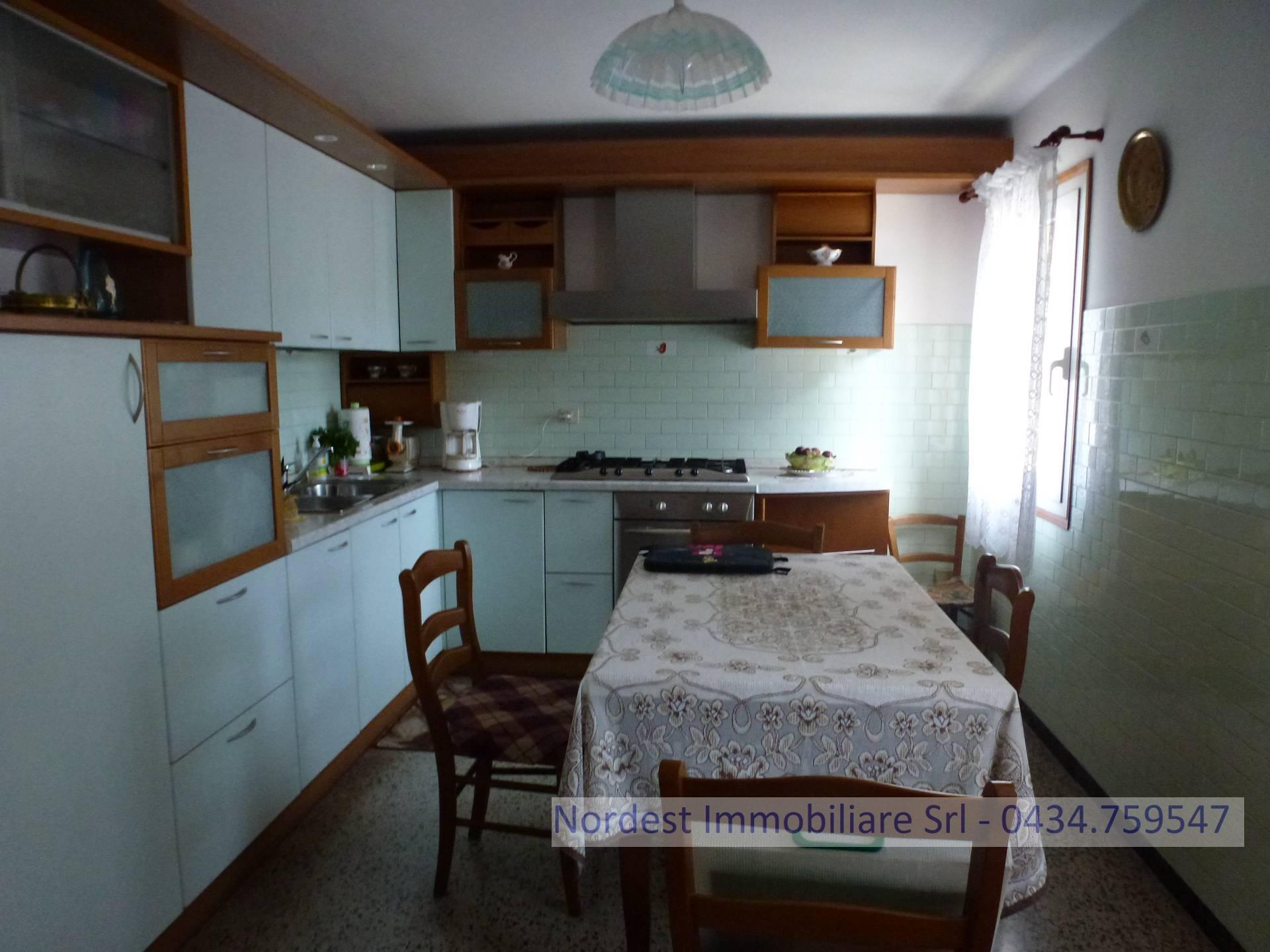 vendita villa bifamiliare gaiarine 6 168  125.000 €