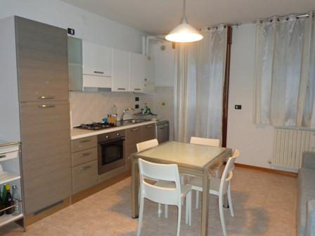 Appartamento in affitto a Castello d'Argile, 2 locali, zona Località: CastellodArgile, prezzo € 450 | CambioCasa.it
