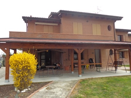 Villa Bifamiliare in vendita a Sala Bolognese, 4 locali, zona Località: Sala, prezzo € 330.000 | Cambio Casa.it