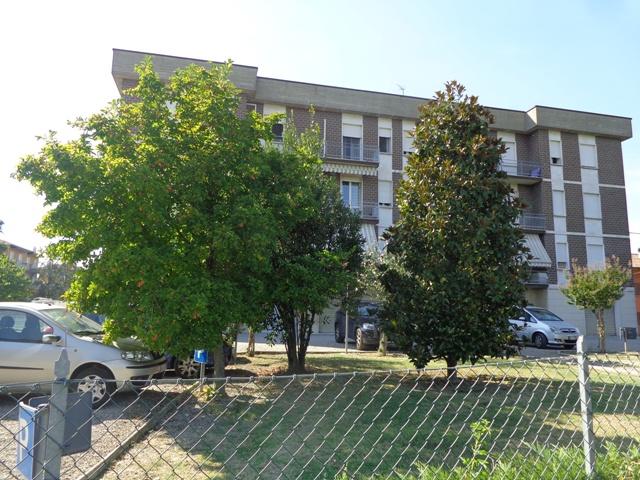 Appartamento in vendita a Sala Bolognese, 5 locali, zona Località: OsteriaNuova, prezzo € 85.000 | Cambio Casa.it
