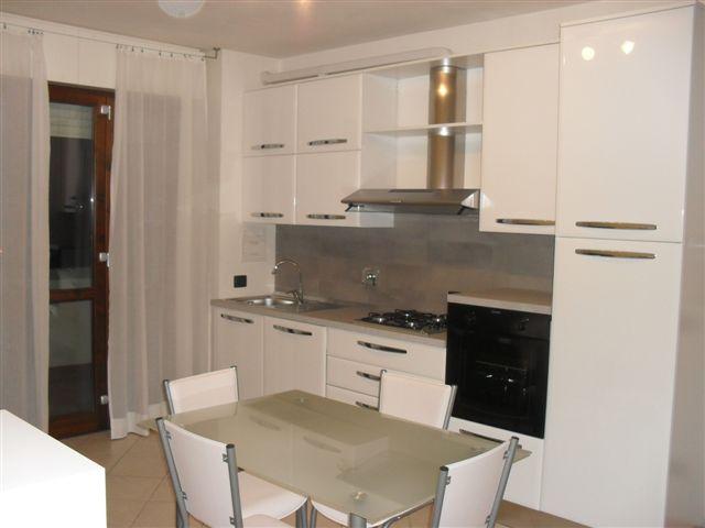 Appartamento in vendita a Cento, 2 locali, zona Località: Cento, prezzo € 107.000 | Cambio Casa.it