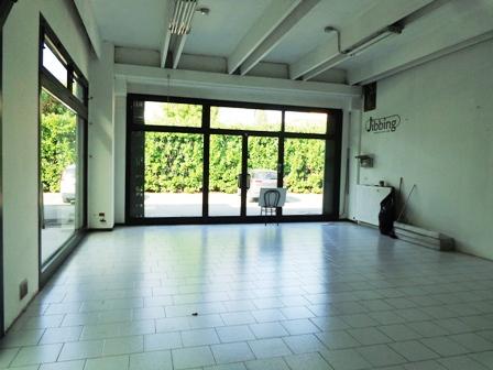 Negozio / Locale in affitto a Sala Bolognese, 9999 locali, zona Località: OsteriaNuova, Trattative riservate | Cambio Casa.it