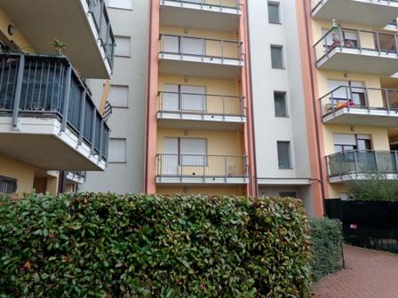 Appartamento in vendita a Calderara di Reno, 3 locali, zona Località: CalderaradiReno, prezzo € 150.000 | CambioCasa.it