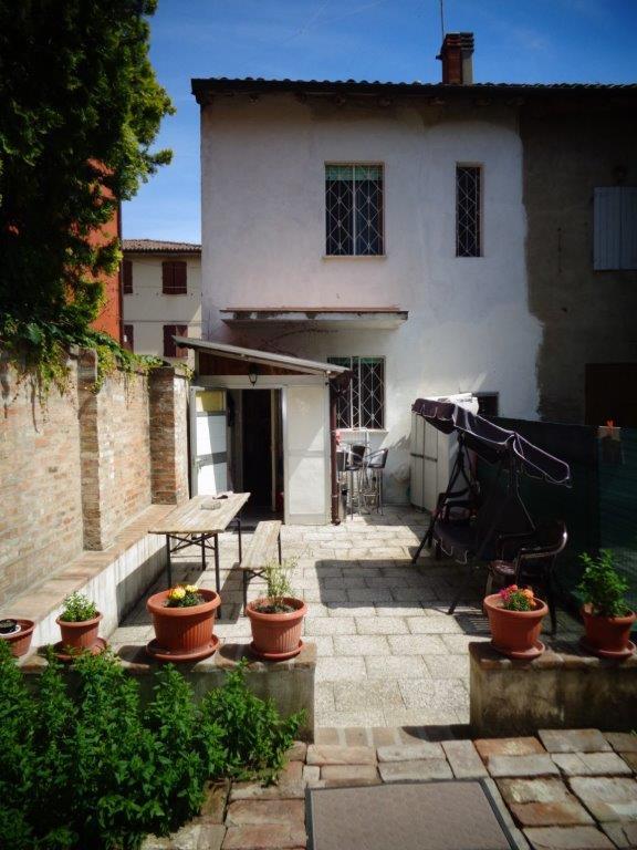 Appartamento in vendita a Castello d'Argile, 4 locali, zona Località: CastellodArgile, prezzo € 105.000 | CambioCasa.it