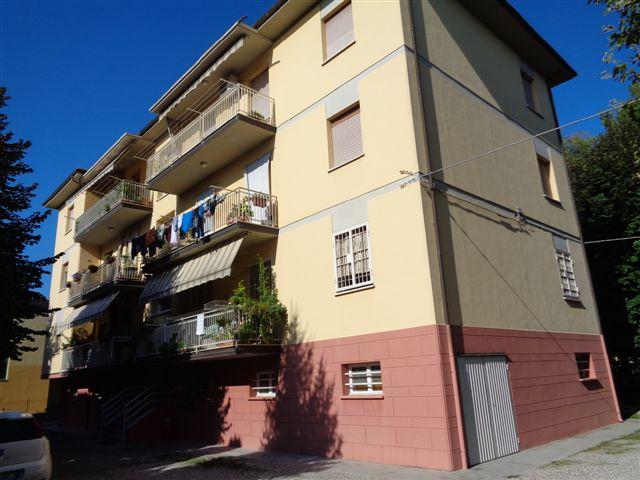 Appartamento in affitto a Castello d'Argile, 5 locali, zona Località: CastellodArgile, prezzo € 450 | CambioCasa.it