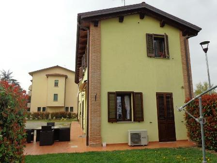 Villa Bifamiliare in Vendita a Argelato