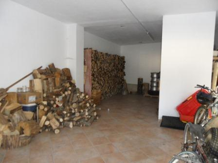 Box / Garage in vendita a Tarvisio, 1 locali, zona Zona: Camporosso, prezzo € 30.000 | CambioCasa.it
