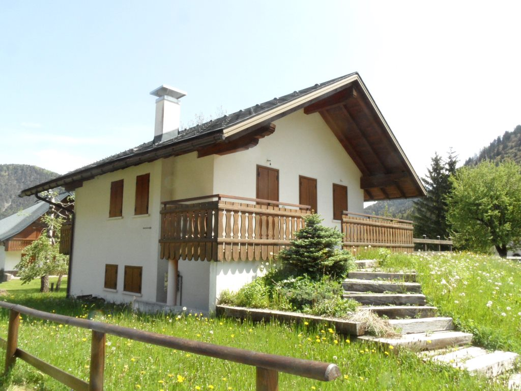 Villa in Vendita a Malborghetto Valbruna