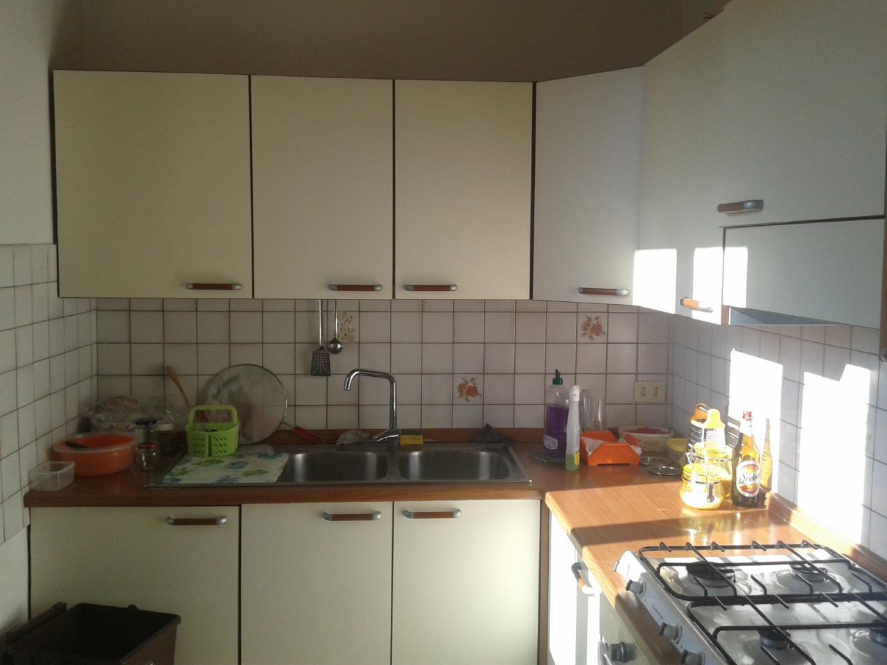 Appartamento in affitto a Fabriano, 3 locali, zona Località: BORGO, prezzo € 370 | CambioCasa.it