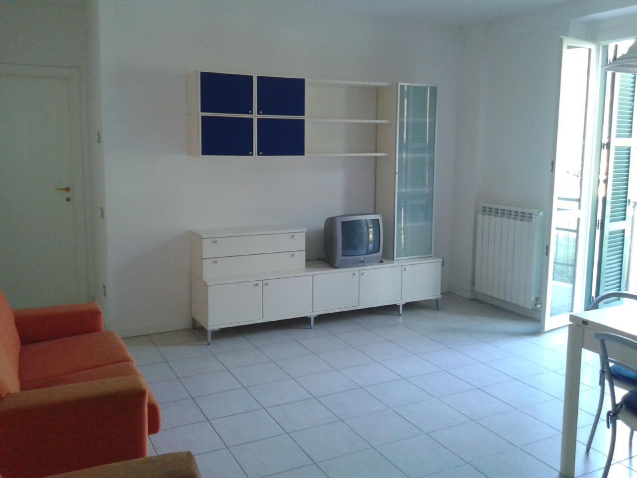 Appartamento in affitto a Fabriano, 3 locali, zona Località: FRAZALBACINA, prezzo € 350 | CambioCasa.it