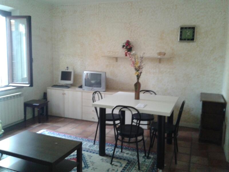 Appartamento in affitto a Fabriano, 2 locali, zona Località: MISERICORDIA, prezzo € 310 | Cambio Casa.it