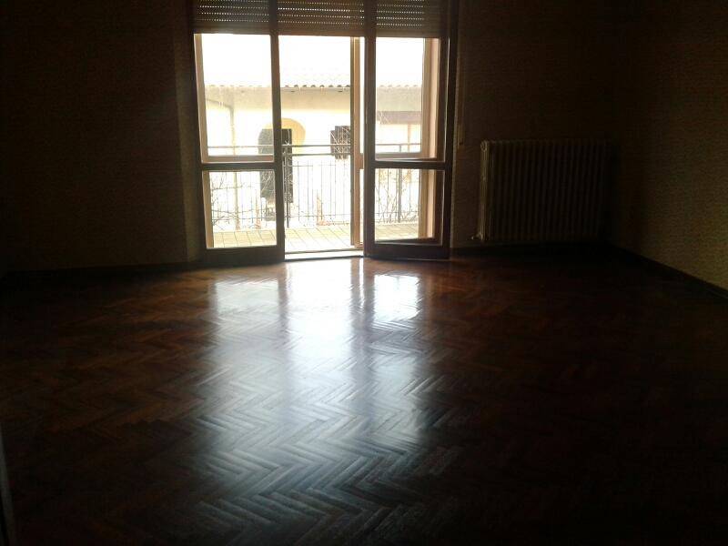 Appartamento in vendita a Fabriano, 5 locali, zona Località: SERRALOGGIA, prezzo € 180.000   CambioCasa.it