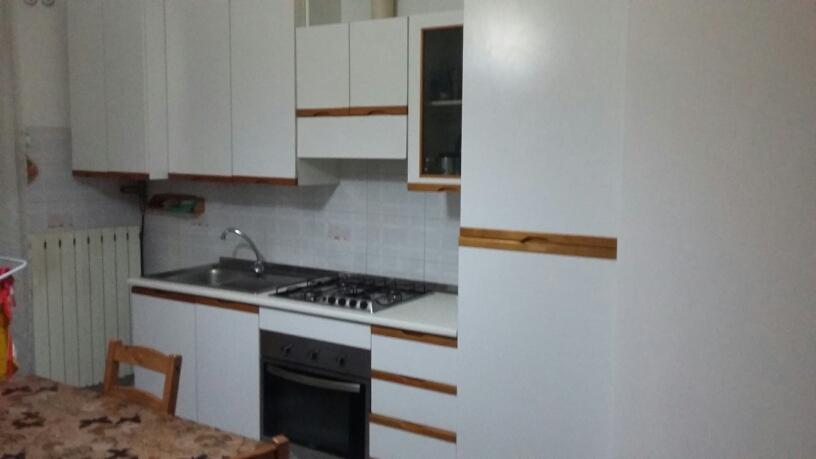 Appartamento in affitto a Fabriano, 2 locali, zona Località: CENTROSTORICO, prezzo € 340 | Cambio Casa.it