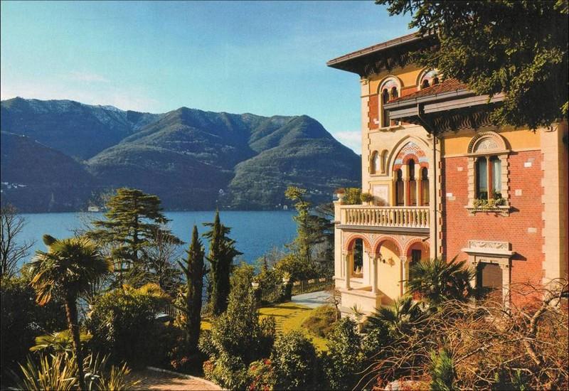 Appartamento in Vendita a Laglio via domenico bernasconi