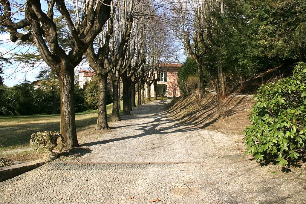 Villa in Affitto a Cadorago via manfredini